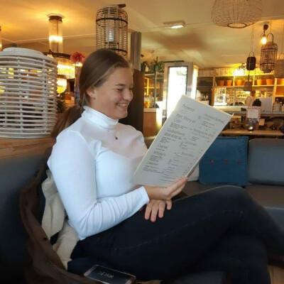 Tess zoekt een Appartement / Huurwoning / Kamer / Studio / Woonboot in Utrecht