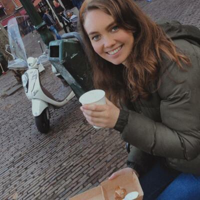 Roos zoekt een Appartement / Huurwoning / Kamer / Studio in Utrecht